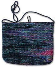 Free project for this SAORI bag woven with rags. Beautiful!