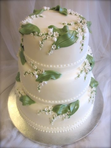 lily of the valley wedding cake toppers of the valley lilies and wedding cakes on 16888