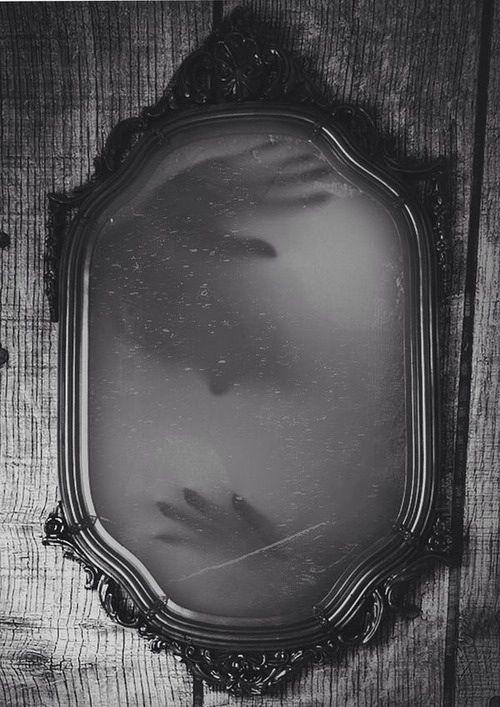 Eerie | Creepy | Surreal | Uncanny | Strange | 不気味 ...