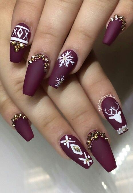 Burgundy matte snowflake winter festive nails design @nailsbymztina