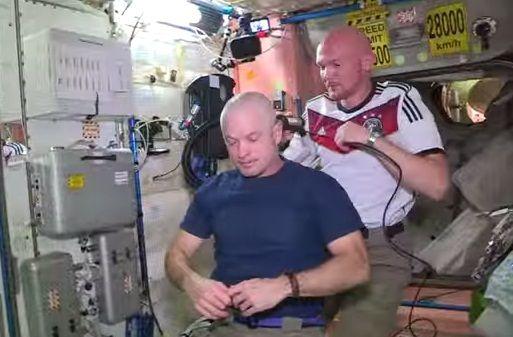 Οι αστροναύτες στοιχηματίζουν για το Παγκόσμιο στο Διάστημα (VIDEO) http://toballoni.blogspot.gr/2014/07/video.html