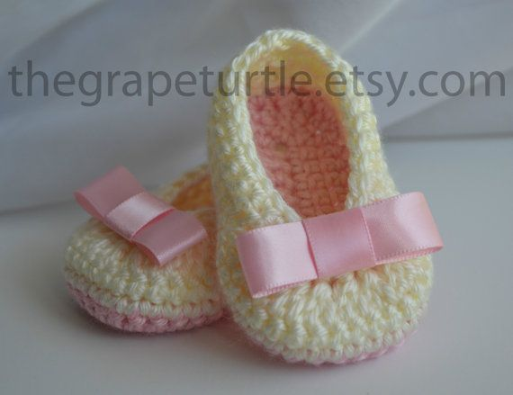 Baby Infant Girl Shoes, Crochet Baby Shoes, Baby Shoes, Baby Booties, Ecru, Off White, Pink, Newborn to 12 months, Photo Prop, Christening on Etsy, $24.00