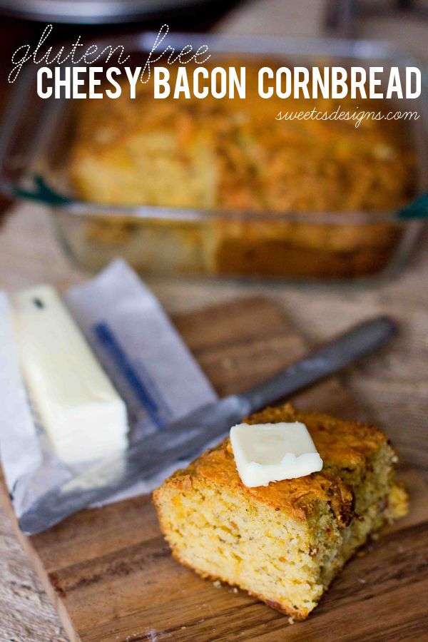 gluten free cheesy bacon cornbread at sweetcsdesigns.com - this is SO delicious and easy to make! #glutenfree #bacon #campingmeals