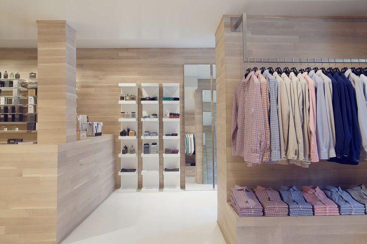 Boutique Tozzi 2115 & 2095 Rue Crescent