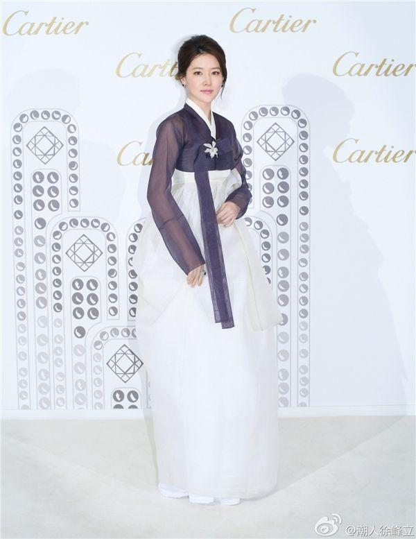 Xuýt xoa vẻ đẹp rạng ngời của mĩ nhân Hàn trong trang phục truyền thống