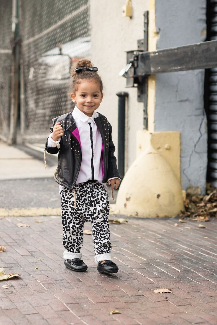 "Mini Fashion Icon snapped in a new blog post called ""trendsetters"". Stop by Scout the city to get inspired by Children's Streetstyle."