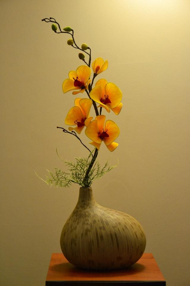 I like the arrangement but it's really the gourd that gets me. I have a sentimental attachment to them as art objects.