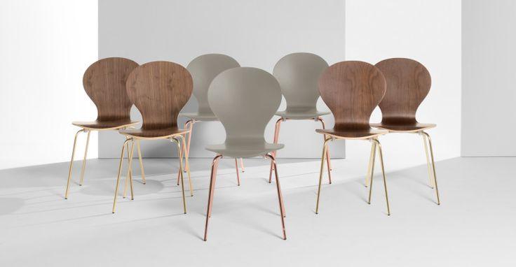 2 x Kitsch Stühle, Aschgrau mit Kupferbeinen | made.com