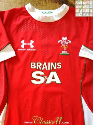 Official Under Armour Wales home player issue rugby shirt from the 2008/2009 season. This jersey has textured grip assist on the chest, lower front and forearms.