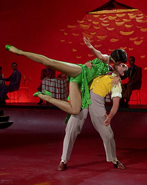 "Gene Kelly and Cyd Charisse in ""Singin' in the Rain"""