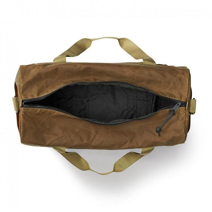 Sac de voyage Filson facile à transporter, résistant à l'eau et ultra-résistant!  Résistant à la pluie, léger et ultra-solide, ce sac est parfait pour un lon...