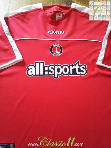 Relive Charlton Athletic's 2003/2004 season with this original Joma home football shirt.