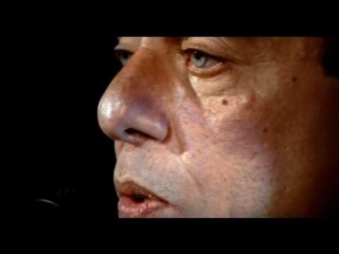 Chico Buarque canta: A Banda (DVD Roda Viva) - YouTube