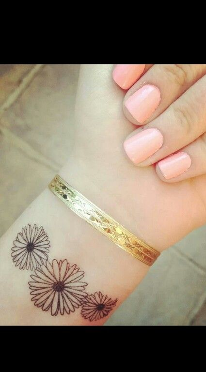 I think I want something like this with the you are my sunshine lyric with it