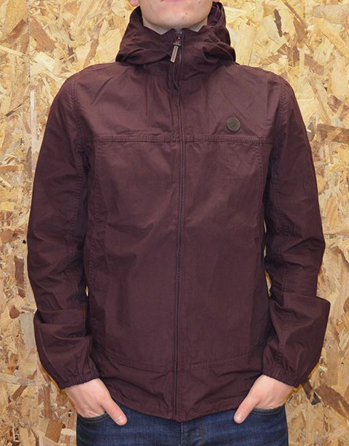 Pretty Green is an up-front, straight talking British clothing label founded by Liam Gallagher in 2009. The brand present the updated Festival Jacket in a burgundy colourway, featuring an nternal back seam with Pretty Green paisley tape. The jacket is finished off with a front leather branded logo and two large front setting pockets.