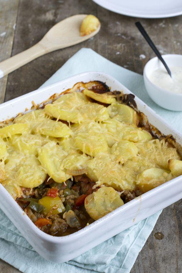Aardappelschotel met shoarma