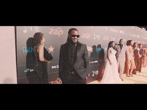 C4 Pedro - Prémio 'Mérito Internacional' | Angola Music Awards 2017 - YouTube