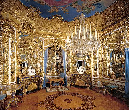Linderhof Palace   main information linderhof palace hall of mirrors end of the tour