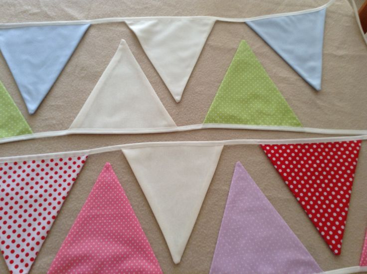 Banderines de tela. Sayuna by Consu