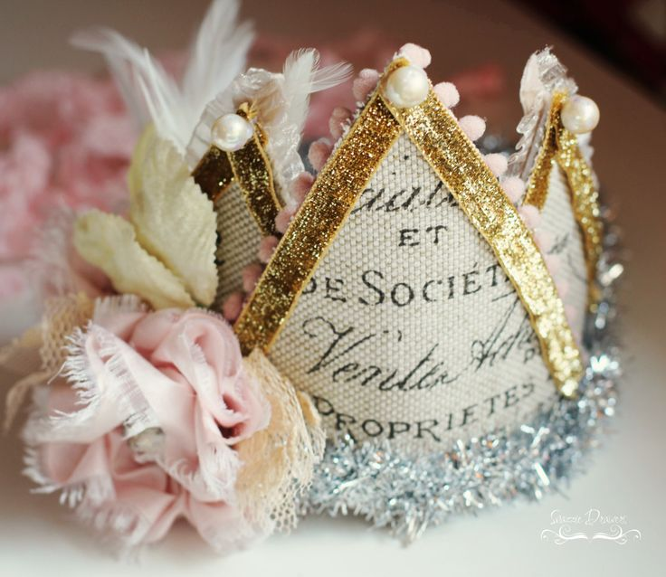 High Society Crown- by snazzy drawersHigh Society, Occa Crowns, Society Crowns, Carousels Parts, 1St Birthday, Fabrics Flower No Sewing, Princesses Parties, Fabrics Crowns, Crafts