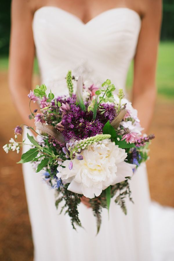 wedding flowers bouquets ideas 1000 ideas about purple summer wedding on 9545