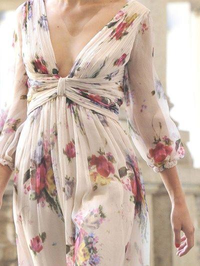 #street #style floral print detail Luisa Beccaria Milan @wachabuy