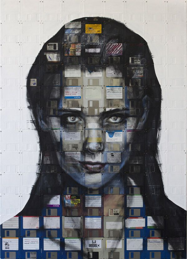 Arte con disquetes    Nick Gentry utiliza pintura de aceite y disquetes para crear estos asombrosos cuadros.
