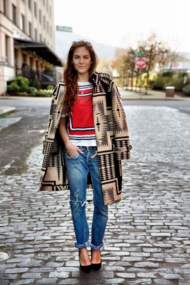anniewerner:  theportlandcollection:  Portland Street Style  HELP ME LOCATE THIS COAT FOR FALL   Its from the 2011 collection, Annie. Good luck.