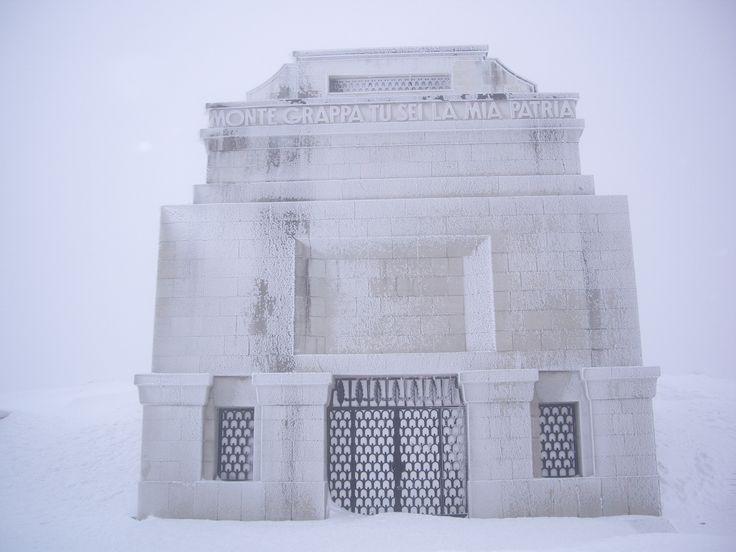 Monumento Cima Grappa, winter (Italy)