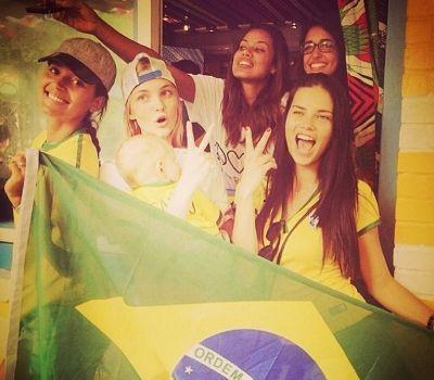 Brazilsko podizanje guze: 3 vežbe koje radi Adrijana Lima (VIDEO)
