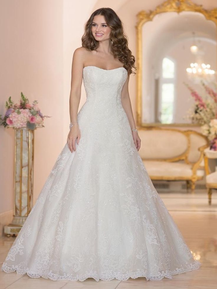 Stella York Phoebe available in our Exeter shop. #prudencegowns #stellayork #DressingYourDreams #Exeter #Devon #Cornwall #bride #weddingdress