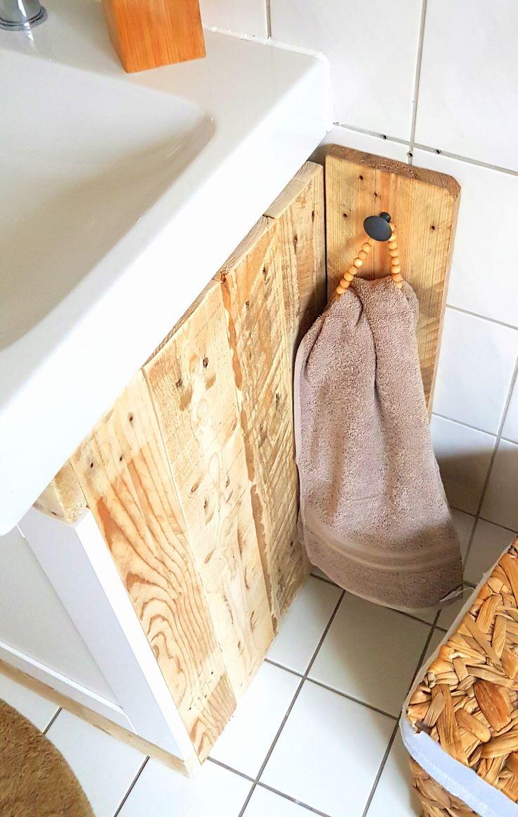 Badezimmer Palette Holz Diy Handtuch Handtuchhalter Towel Do It Yourself Selber Mit Bildern Handtuchhalter Handtuchhalter Holz Handtuchhalter Bad