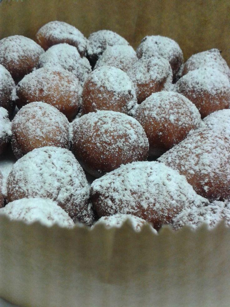 Ricetta FRITTELLE DI CARNEVALE! http://www.chioggiatv.it/2014/02/frittelle-veneziane-la-ricetta-del-ristorante-aurora/