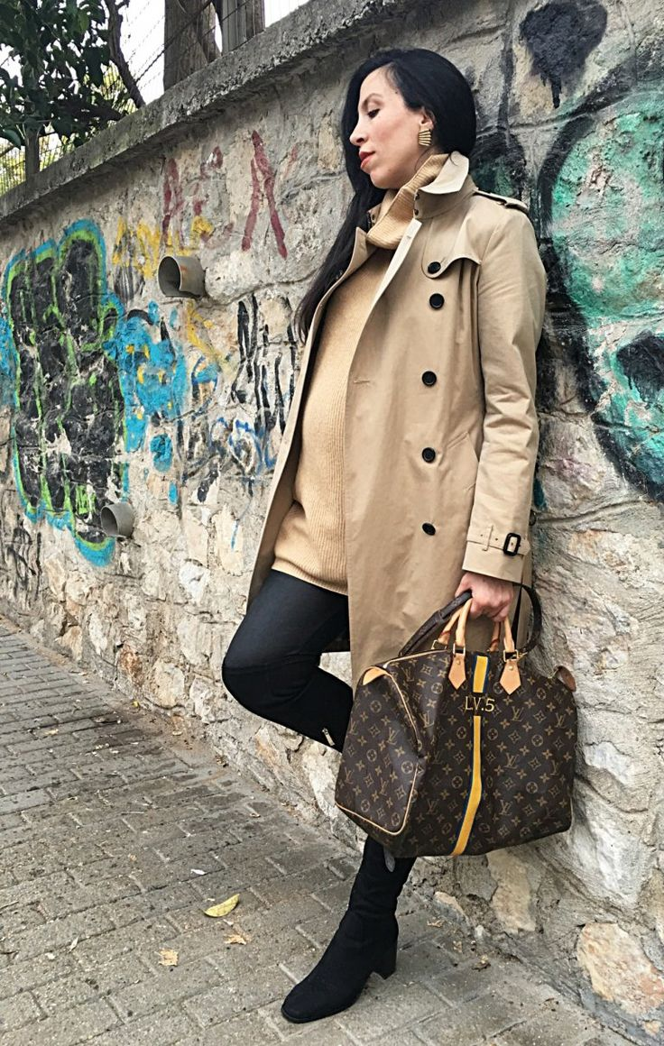 Basics _ Burberry trenchcoat - LouisVuitton Speedy