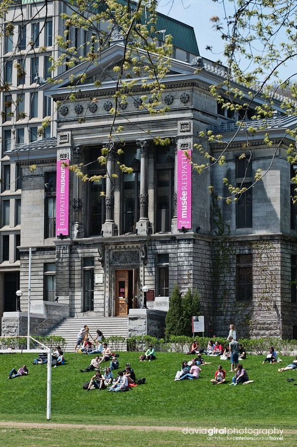 A little skip of the quad - McGILL University - Montreal