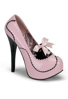 These are adorable! http://www.studentrate.com/fashion/fashion.aspx