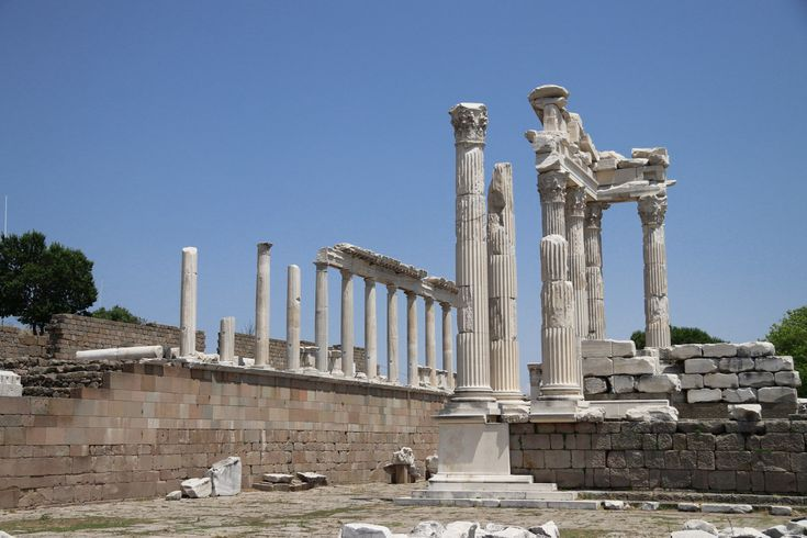 Turkije reisverslag: Bergama en Ayvalik - Tempel van Trajanus