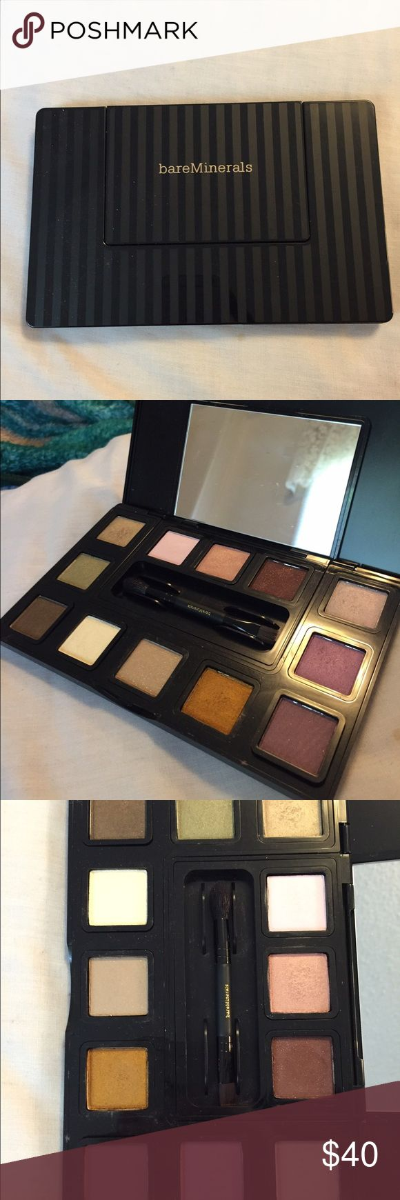 Bare Minerals eyeshadow kit Bare Minerals eyeshadow kit new and unused, brush included! bareMinerals Makeup Eyeliner