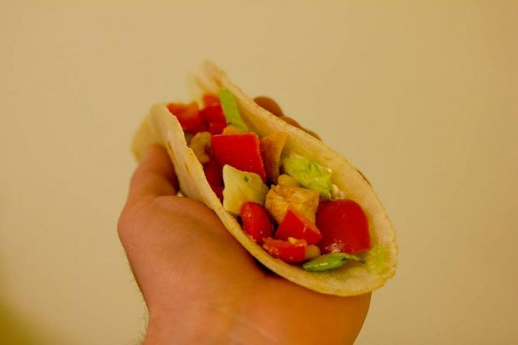 Zelf tortilla's maken  #glutenvrij http://storiesofacoeliac.wordpress.com/2014/03/20/tortillas/