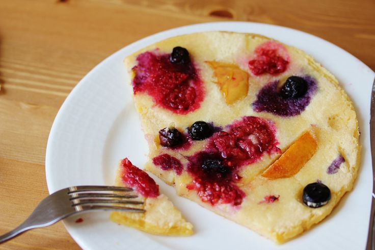 Beela Bakes: Fruit Honey Cloud Pancakes