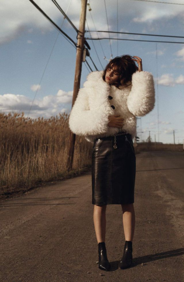 ON THE ROAD: STEFFY ARGELICH BY JOSH OLINS FOR VOGUE UK AUGUST 2015 • Minimal . / Visual .
