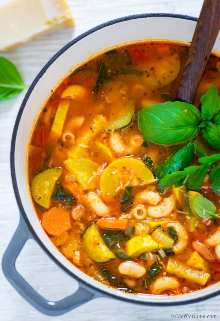 Summer Minestrone Soup is a one pot dinner soup which has everything I ask from a quick summer dinner. With just 10 minutes prep, a good serving of summer veggies - yellow squash, zucchini, carrots...