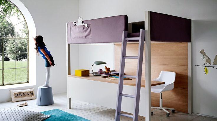 Lit surélevé mezzanine fille design très épuré, le grand bureau en L est une idée à retenir