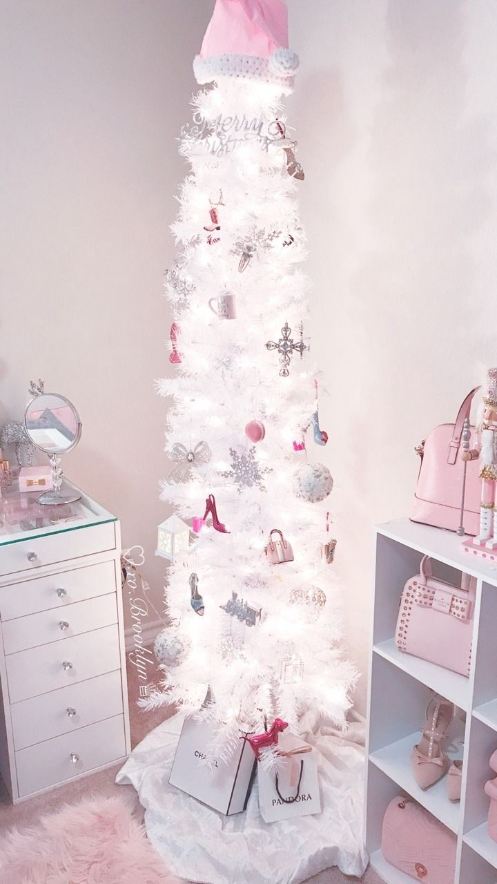 Official Brooklyn Christmas Trees 2020 ♡xo.Brooklyn♕ in 2020 | Pink christmas decorations, Glamorous