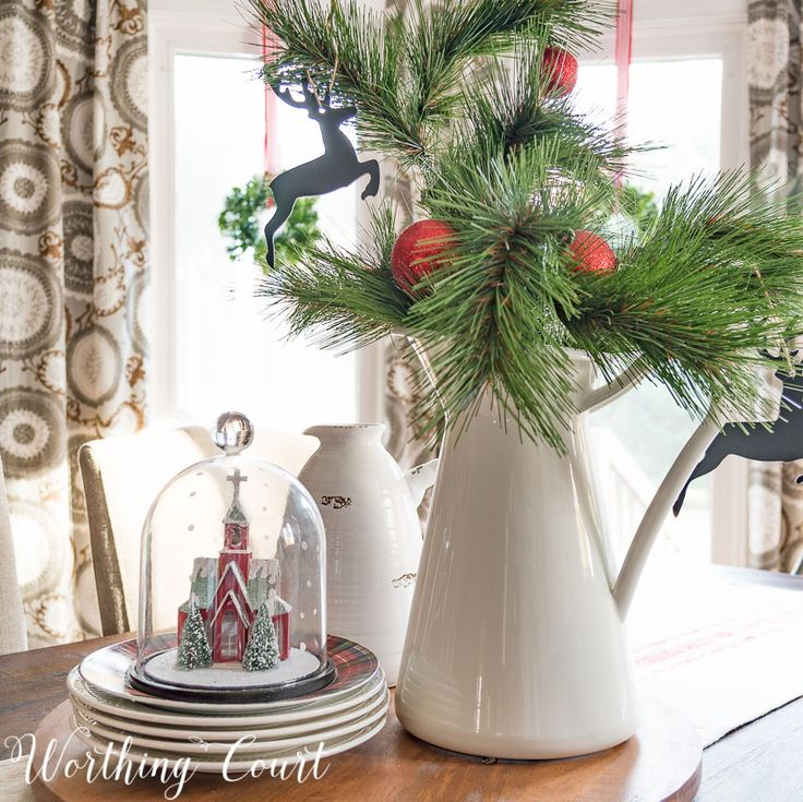 Farmhouse kitchen table Christmas centerpiece    Worthing Court