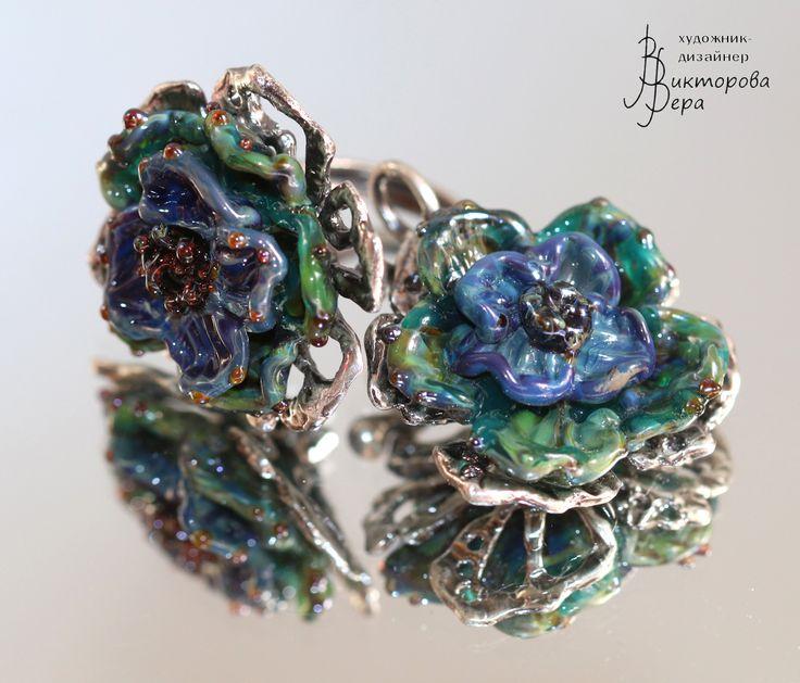 Set of jewelry: pendant +earrings . + ring. Handmade silver and handmade lampwork