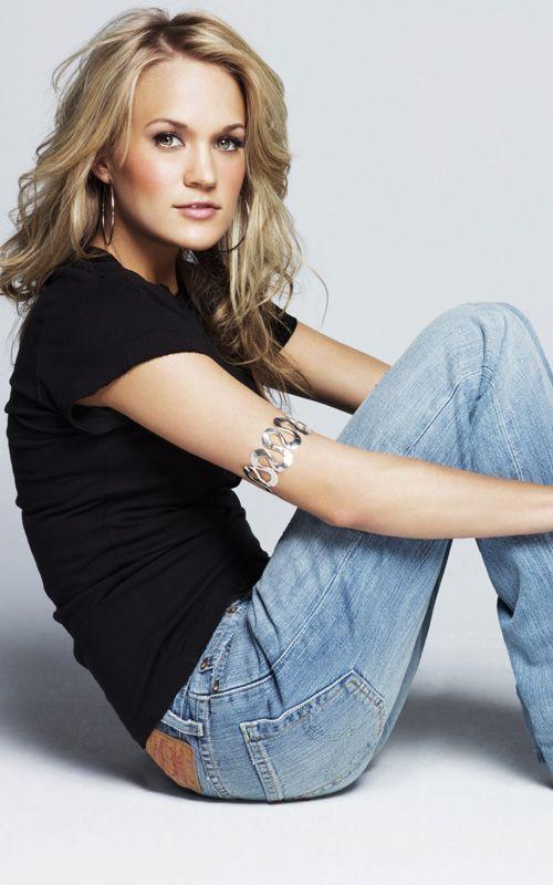 carrie underwood 1 Carrie Underwood in Levis