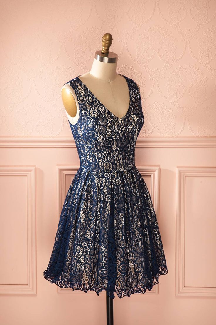 Alianora - Navy blue and beige lace open-back dress