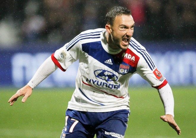 Olympique Lyon: Malbranque, 251 días superando mentiras: http://www.elenganche.es/2012/11/olympique-lyon-malbranque-251-dias-superando-mentiras.html#