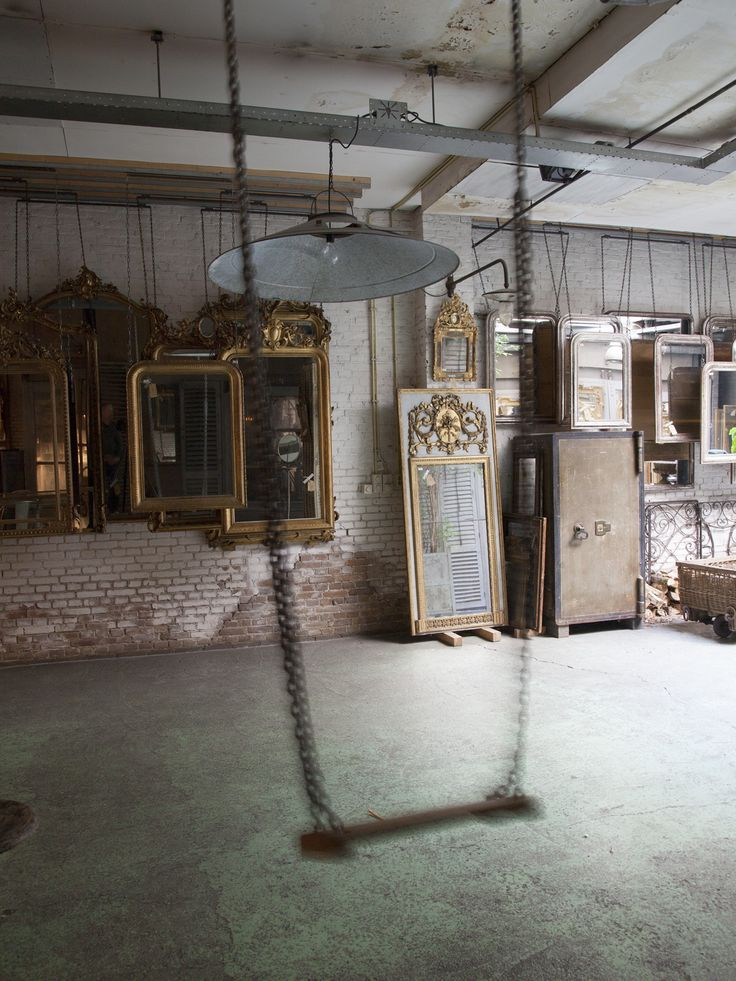 19th Century mirrors   Anouk Beerents Antieke Spiegels